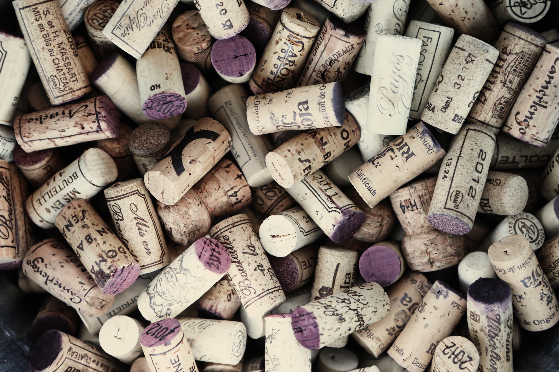 Найкращі мобільні додатки для вибору вина