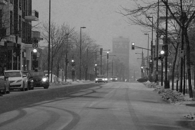 Snowy Darky Urban Street Mornings